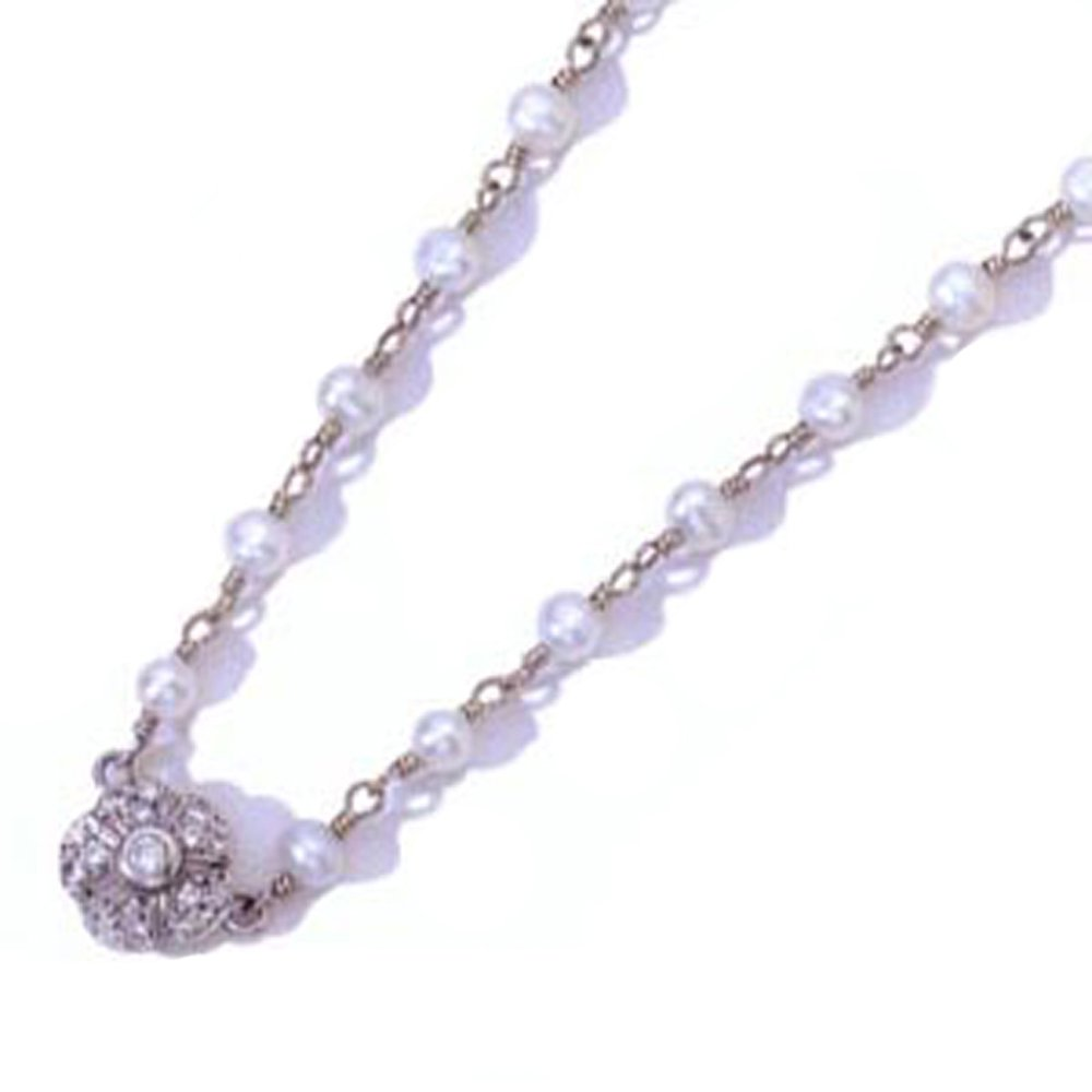 14k Diamond Small Daisy Pearl Necklace (0.11 ct. tw.)