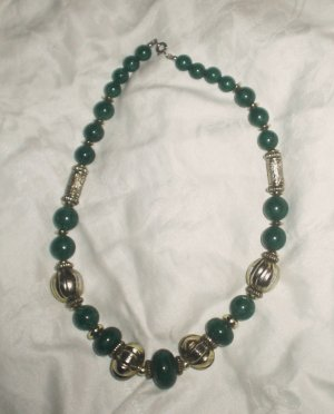 Necklace French Beads  Goldtone & Green