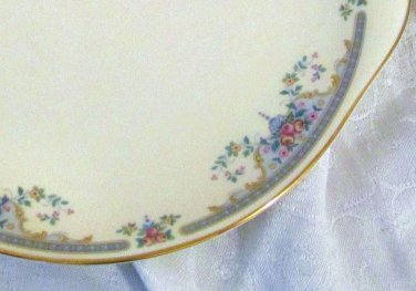 Royal Doulton China Juliet Pattern H5077 English Cake / Bread Serving Dish