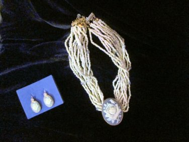 Avon 1999 Pearlesque Cameo Torsade Necklace & Earring NIB