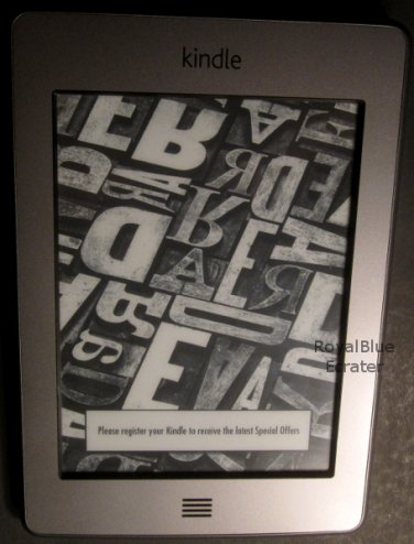 Amazon Kindle 4 3GB, Wi-Fi, 6in Graphite with Cover, Power Adapter & USB Cable Bundle