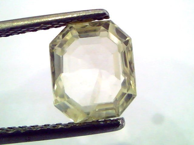 2.66 Ct  Unheated Untreated Natural Ceylon Yellow Sapphire/Pukhraj