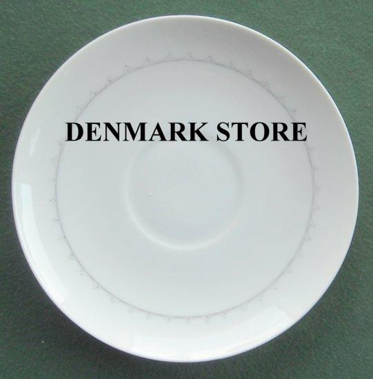 Bing Grondahl Copenhagen Cornflower White Saucer Plate 108