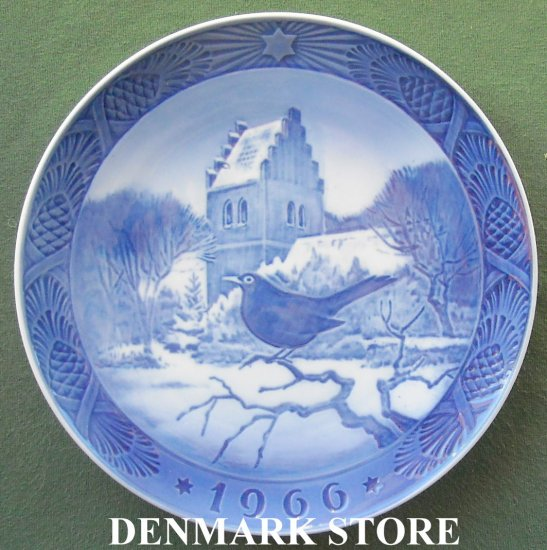 Danish Royal Copenhagen Denmark Christmas plate 1966