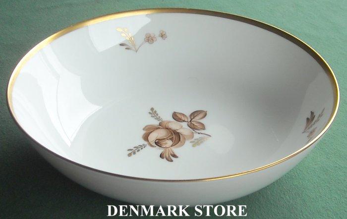 Royal Copenhagen Denmark 688 Brown Rose Round Vegetable Bowl Dish