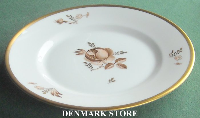 Royal Copenhagen Denmark 688 Brown Rose Salad Plate