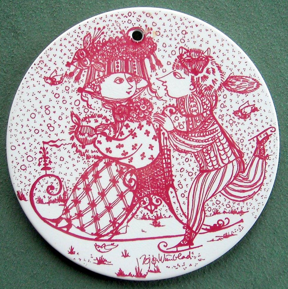 Danish Bjorn Wiinblad Nymolle January wall plate red
