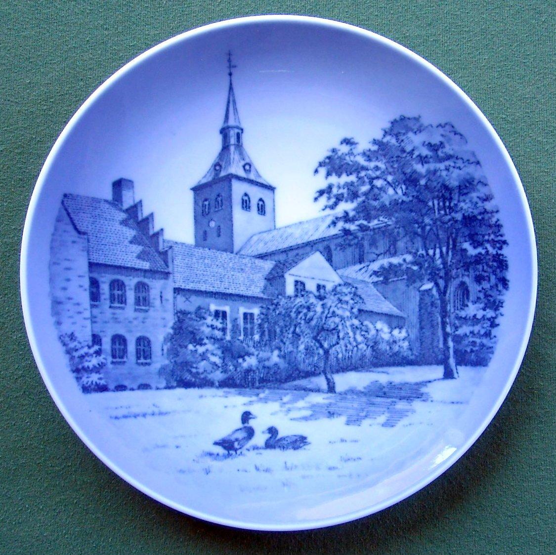 Vintage Kaj Lange Royal Copenhagen Denmark Odense Domkirke church plate
