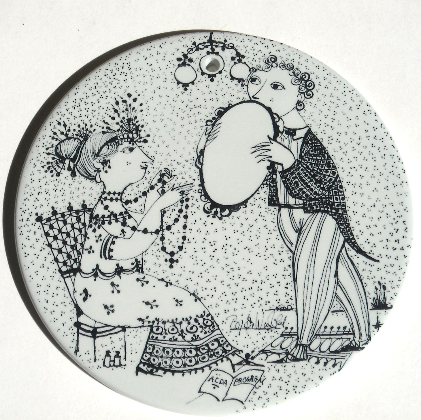 Bjorn Wiinblad Nymolle Denmark September Saison Start Wall Plate Black