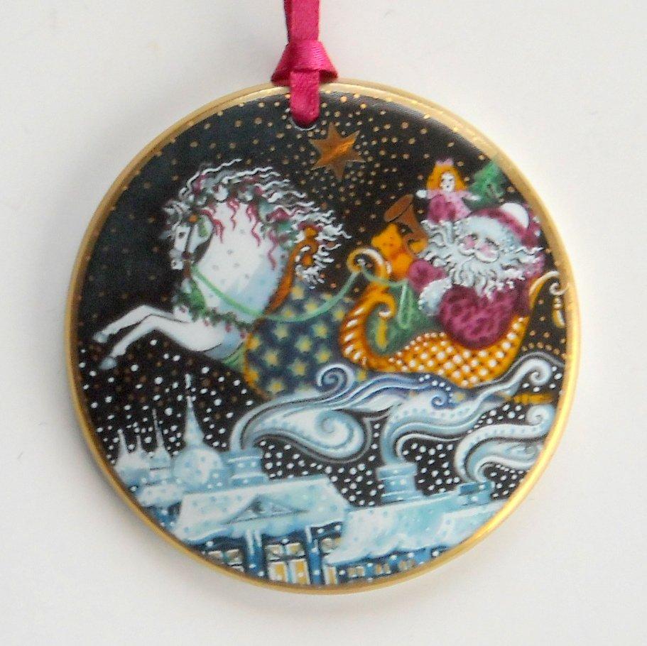 Bing Grondahl Copenhagen Santa Claus Christmas Ornament 1991