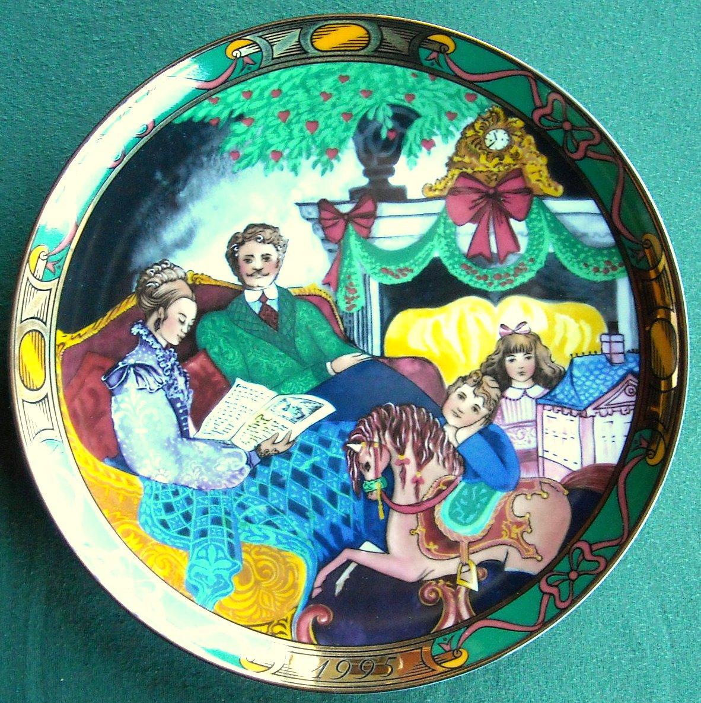 Danish Royal Copenhagen Denmark Christmas Tales plate 1995
