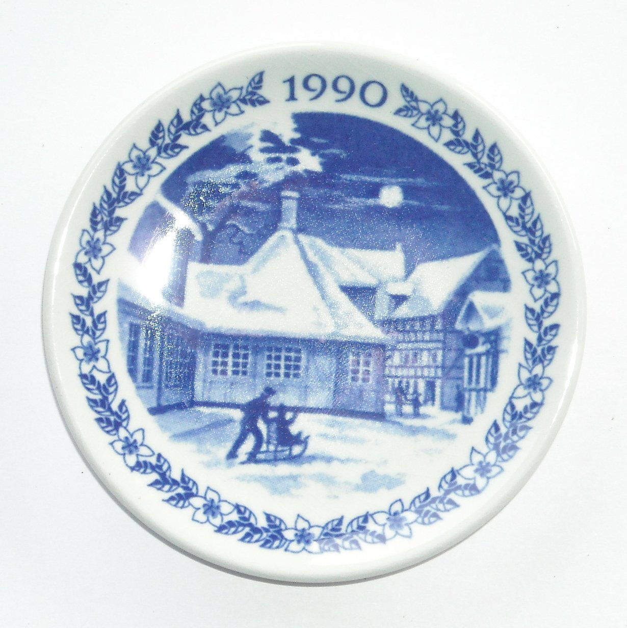 Royal Copenhagen Boxed Mini Christmas Plate 1990