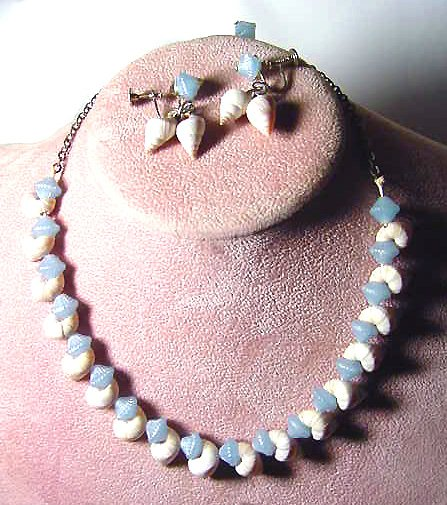 Retro Sea Shells & Celluloid Necklace Set
