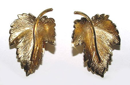 Signed Wells Gold Fill Earrings - Free USA Shipping