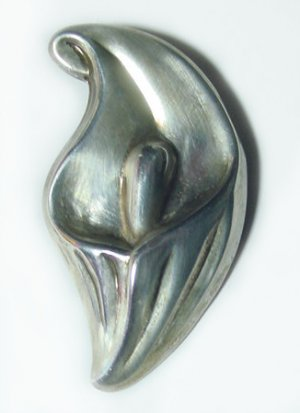 Luscious Sterling Calla Lily Vintage Brooch - Free USA Shipping