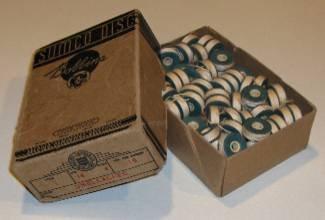 Vintage SUMCO DISC Bobbins (126) in original box