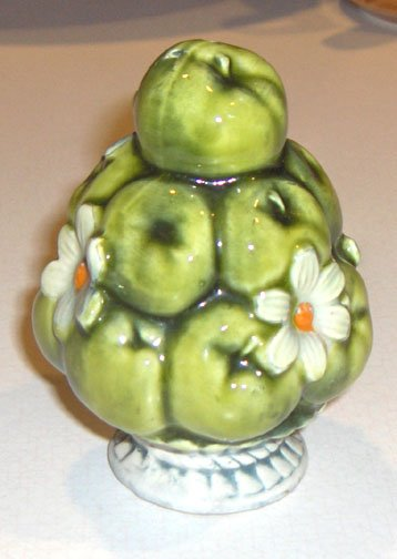 1967 Inarco Salt Shaker Green Apples & Daisy in a Bowl