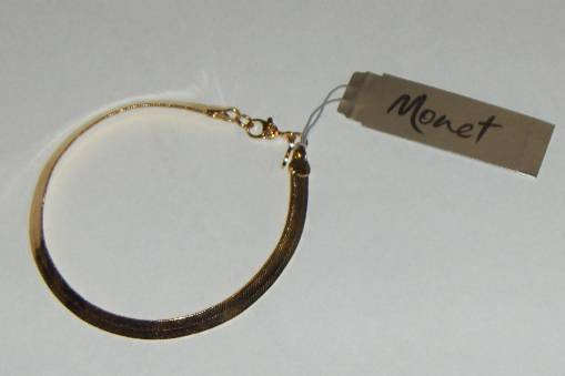 "Brand New Monet 7 1/2"" Bracelet Gold Tone Flexible"