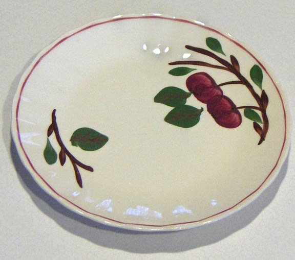 Vintage Blue Ridge Southern Potteries Apple Salad Plate - 7 1/8""