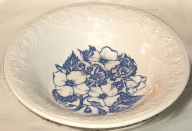Vintage Wild Rose Blue / White Berry Bowl w/ Embossed Edge