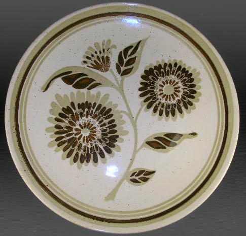 ROYAL CHINA USA Belle Flower Vendome Dinner Plate