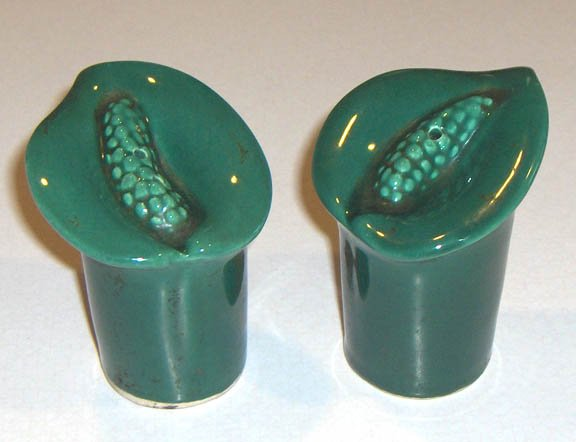 Vintage Ceramic Salt and Pepper Shaker Set - Jack in the Pulpit