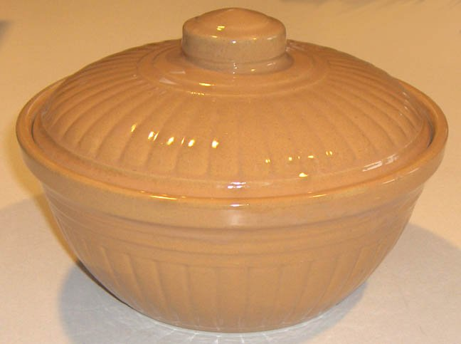 "Vintage Covered Ribbed Casserole Dish 8 1/4"" USA"