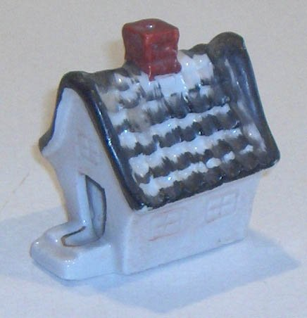 Vintage Porcelain Miniature House w/ Chimney Ashtray MIJ