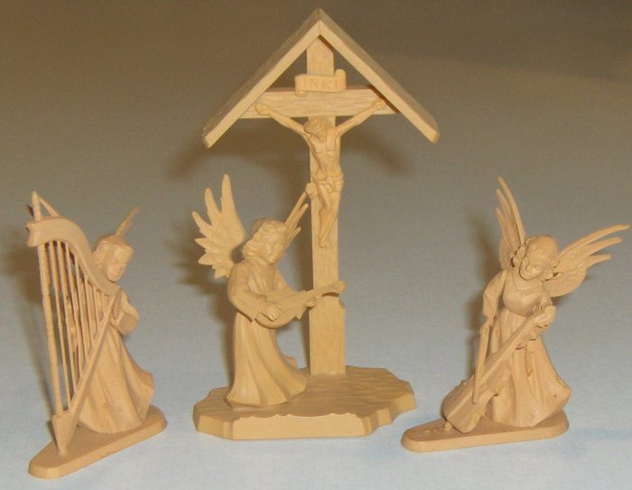 Set of 3 Plastic 'Handcarved Wood' Look Christmas Miniatures - Germany