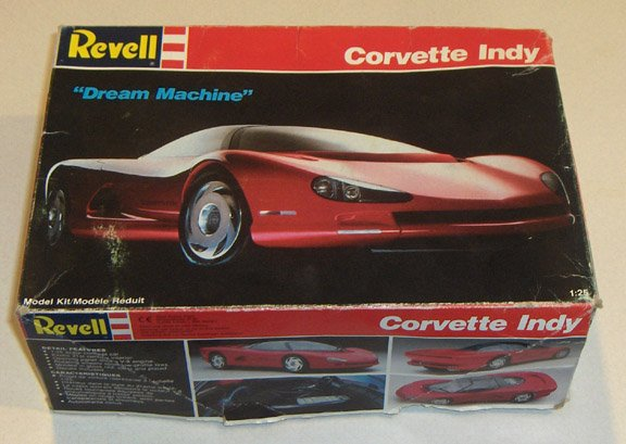 "Revell 1:25 Corvette Indy ""Dream Machine"" Model Kit #7108 - 1989"