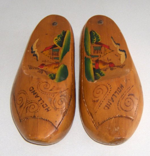 Vintage Handpainted Dutch Souvenir Wooden Shoes / Clogs w/ Storage Compartment - Holland
