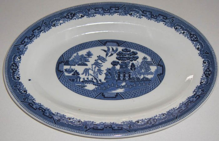 Large Blue Willow Platter Buffalo Pottery 1927