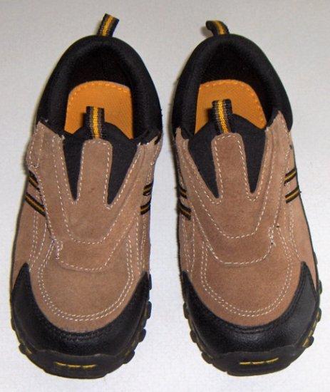 Smart Fit Slipon Suede Athletic Shoe Sneakers - Size 2 1/2 Children