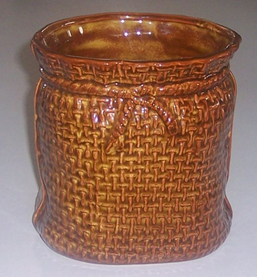 Vintage McCoy 1629 Burlap Sack Patterned Vase or Jar
