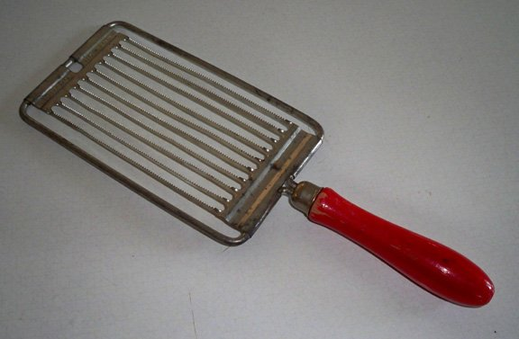 Vintage Tomado Holland Red Handle Slicer Kitchen Utensil