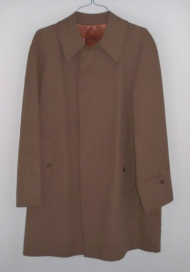 Vintage Winner's Circle by Rainfair Brown Mens Raincoat - Size 42