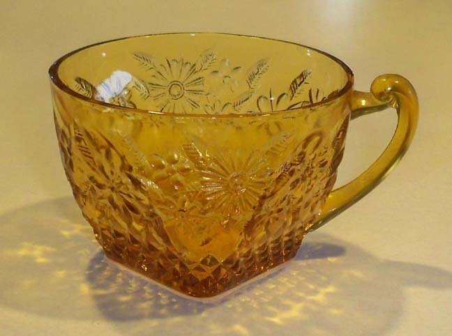 Vintage Indiana Glass Pineapple & Floral Amber Cup Set of 3