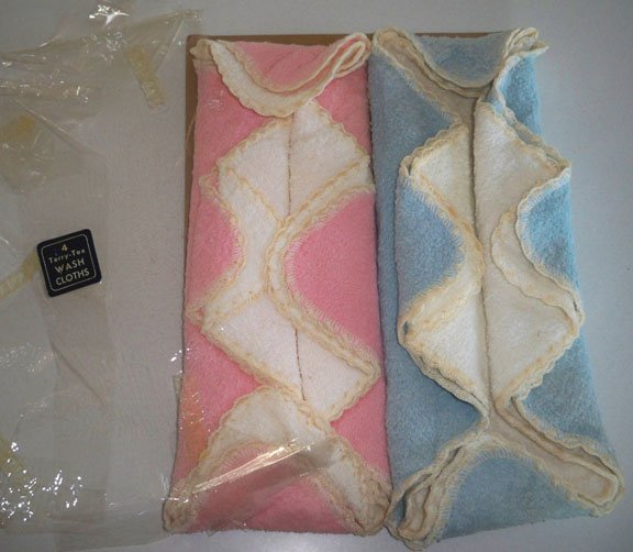 Vintage Blue & Pink Terrycloth Washcloths MIP Set of 4 Embroidered Edge