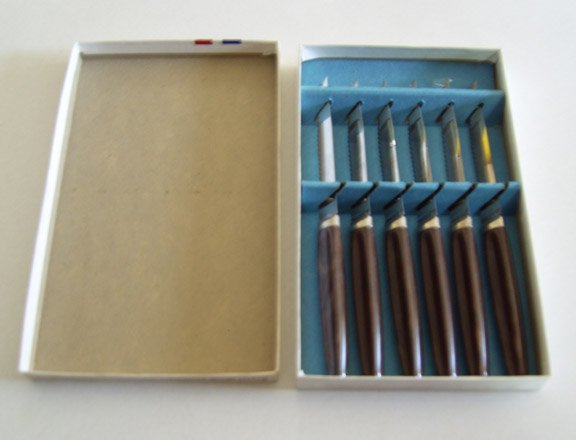 Vintage Regent Sheffield Steak Knife Set of 6 MIB