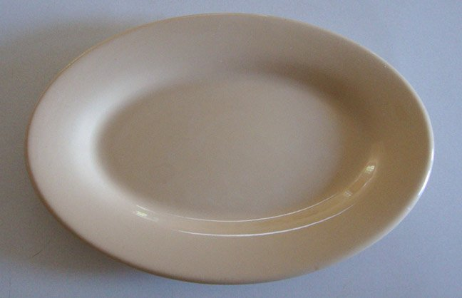 Vintage 1960s Buffalo China Cafe Restaurant Ware Tan Oval Platter - 13""