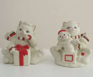 Vintage 1990s Lefton Kitty Snowflake Figurine - Set of 2 - Ten Lives Club Cat Adoption Group Benefit