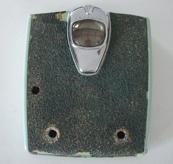 Vintage 1940s detecto bathroom scale brooklyn ny for Big w bathroom scales