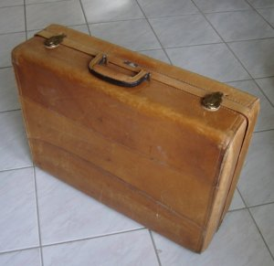 Hartmann Custom Crafted Tan Leather Suitcase Luggage Case