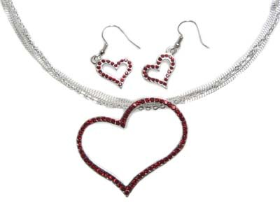 Gorgeous Red Valentine Genuine Austrian Crystal Mesh Floating Heart Necklace & Earring Set