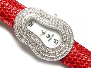 Gorgeous Swarovski Crystal Red Heart Snakeskin Genuine Leather Band Fashion Watch - FREE SHIPPING