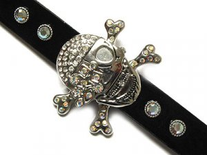 Unique Pirate Skull & Crossbones Austrian Crystal Fashion Watch - FREE SHIPPING
