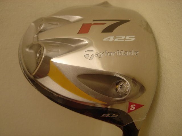 Tylormade r7 425 tp driver- tour only shaft.