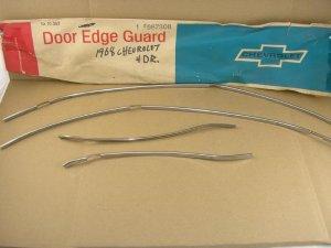 1968 Chevrolet 4dr NOS door edge guard P# 987308 CHEVY