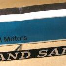 1972 Pontiac Grand Safari radiator grille emblem NOS