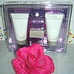 LIZ BY LIZ CLAIBORNE WOMEN'S 3 PC SPRAY PERFUME & BATH GIFT SET